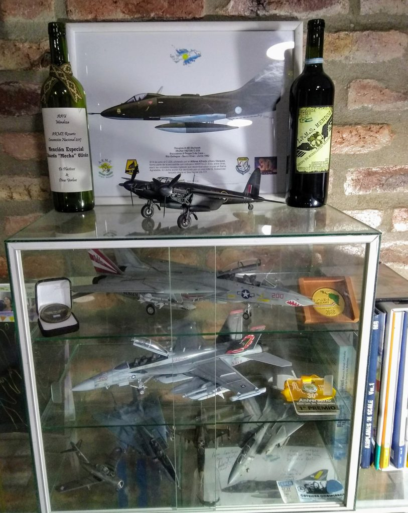 Ennio Croce Aviones a Escala