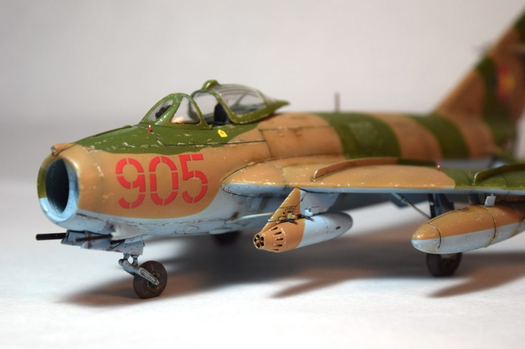 Mig-17 Hobby Boss Scale Model